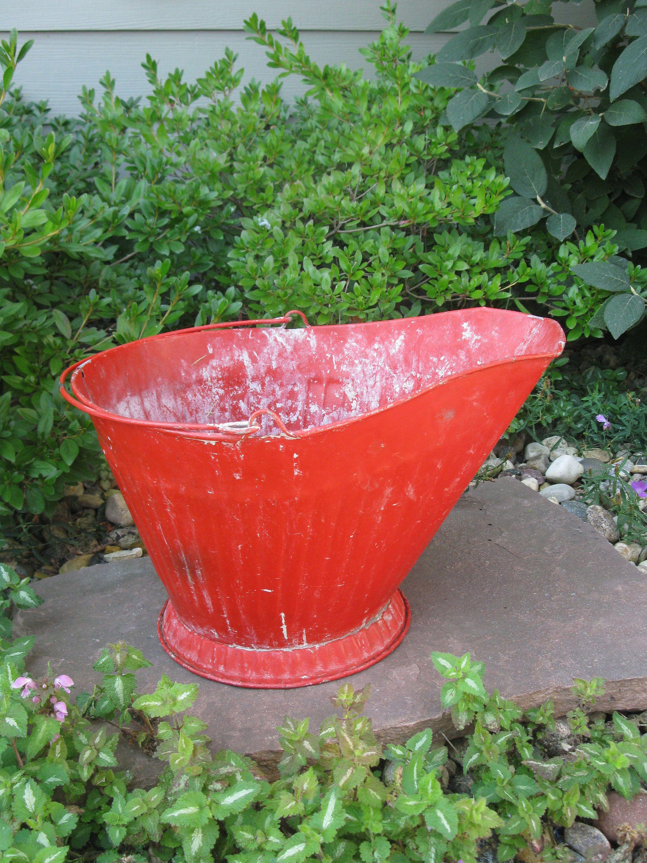 Vintage red metal coal bucket coal scuttle ash bucket for Metal bucket planter