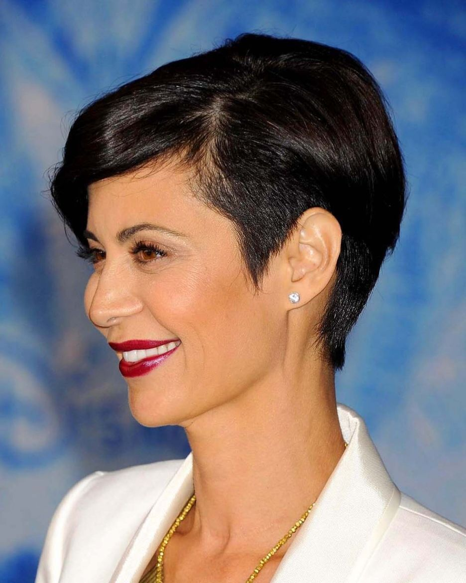 catherine bellshe's beautiful with her new hair cut