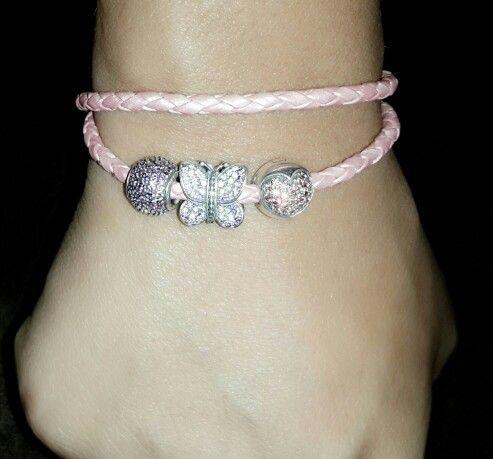 a34cc28894fc Pulseras rosada de cuero pandora | Pandora | Pandora, Pulseras y Joyas