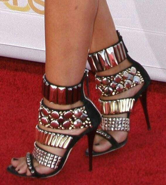 heels high heels boots flats and tennis shoes pinterest schuhe sch ne schuhe und stiefel. Black Bedroom Furniture Sets. Home Design Ideas