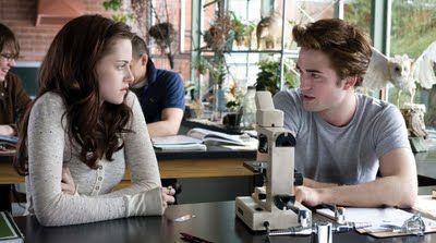 I'm Edward Cullen... You're Bella...