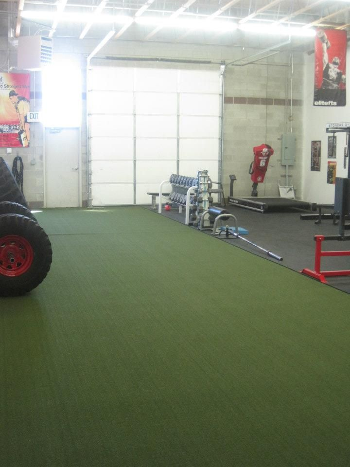 Turf Matched With Rubber Flooring Can Create A Diverse And Productive Sports Facility Gym Design Interior Gym Design Baseball Room