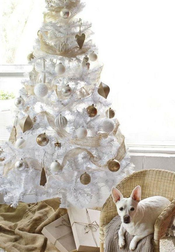 le sapin de noel blanc prparez votre fte jolie en blanc - Decorer Un Sapin De Noel Blanc