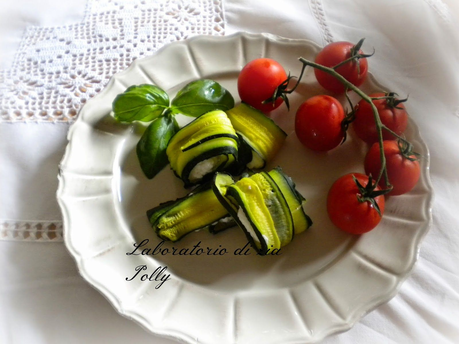 Laboratorio di zia Polly: Involtini di zucchine con formaggi