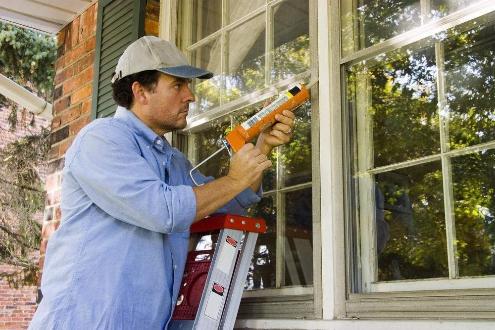 How to Caulk at The Home Caulking windows, Home