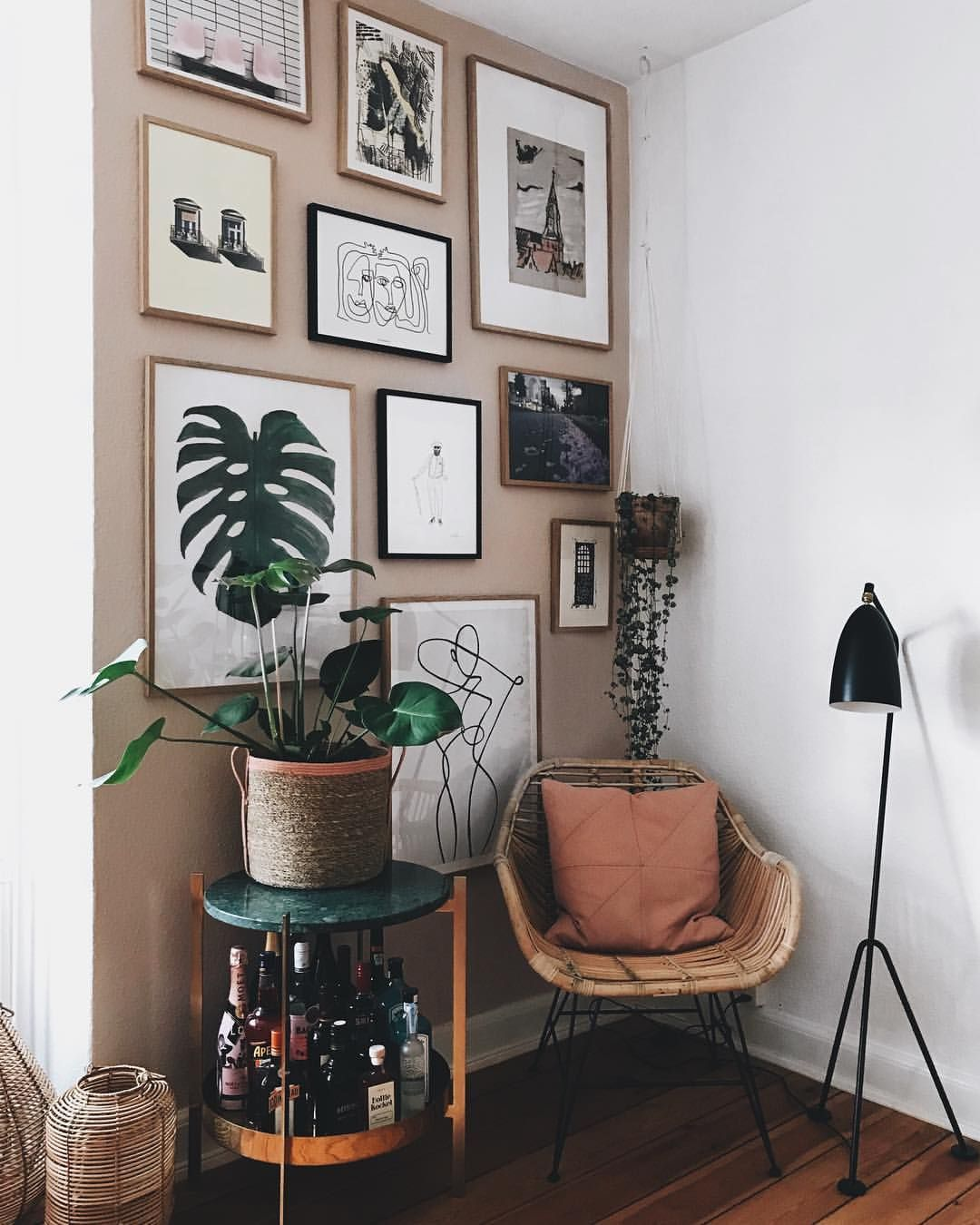 What a cozy corner! Do like @ditteblog and create your own ...
