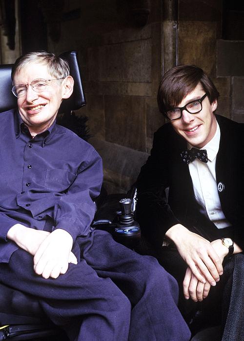 Benedict Cumberbatch és Stephen Hawking