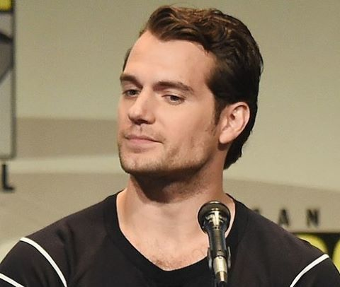 I want to re-watch both seasons of Daredevil #HenryCavill