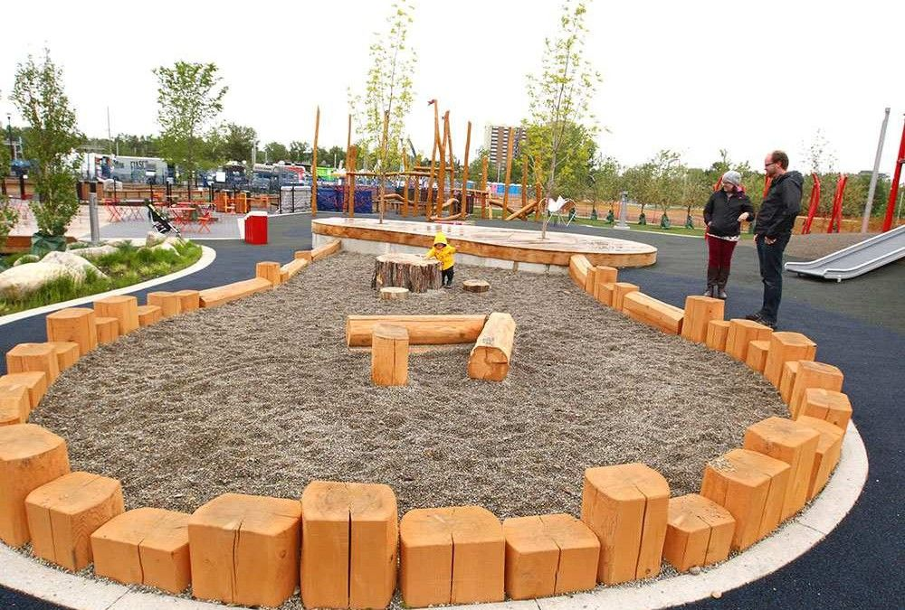 City Of Calgary Developing Natural Playgrounds Aimed At Encouraging Self Directed Outdoor Play Natural Playground
