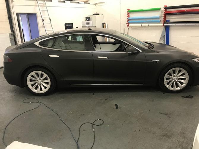 Tesla Model S Vinyl Wrapped Gloss Grey Matte Black 3m Satin Red