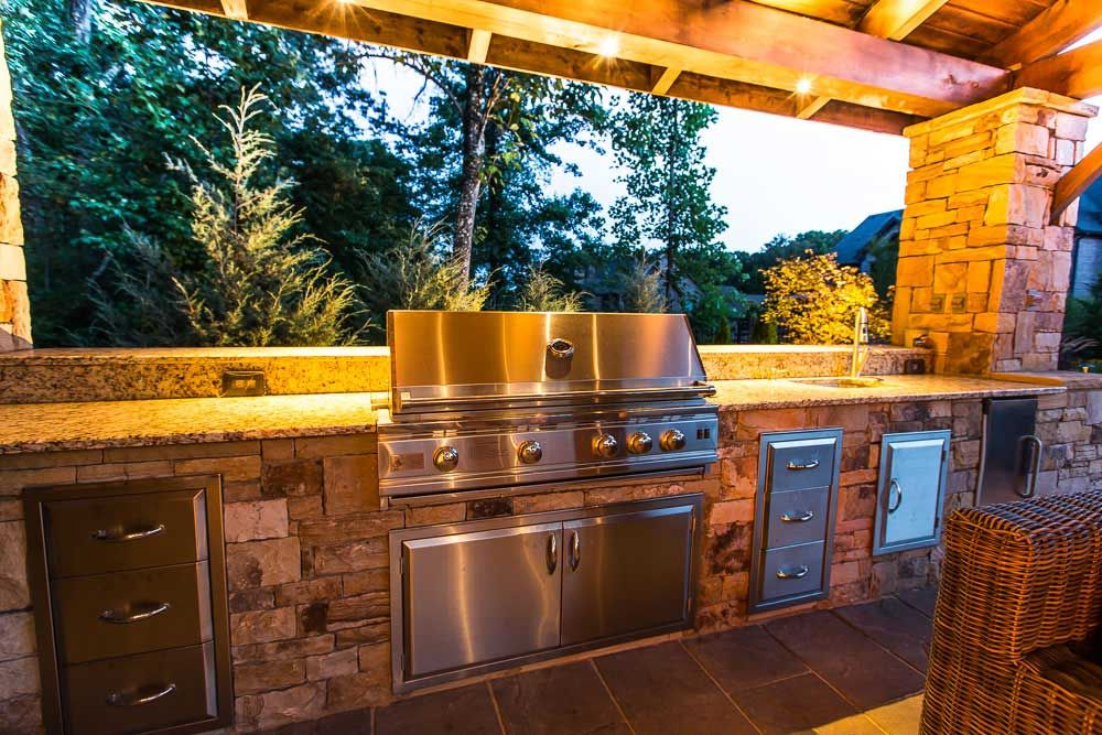 Artistic Landscapes Creates Beautiful Outdoor Kitchens And Outdoor Living Spaces In Atlanta Georgia Outdoor Kitchen Backyard Living Outdoor Living