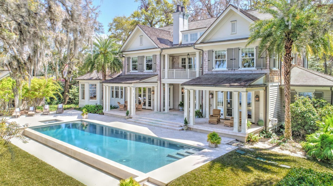 1926 Maybank Hwy For Sale Charleston Sc Trulia Waterfront Homes House Exterior Lakefront Homes