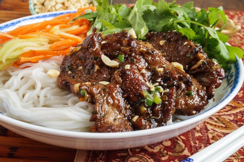 Bún Thịt Nướng (Vietnamese Grilled Pork with Rice Noodles)