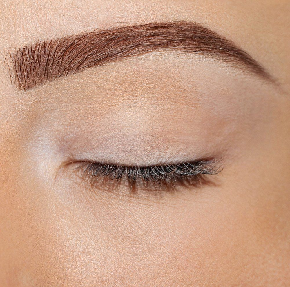 How To Tweeze And Perfectly Shape Your Eyebrows Eyebrow Brows And