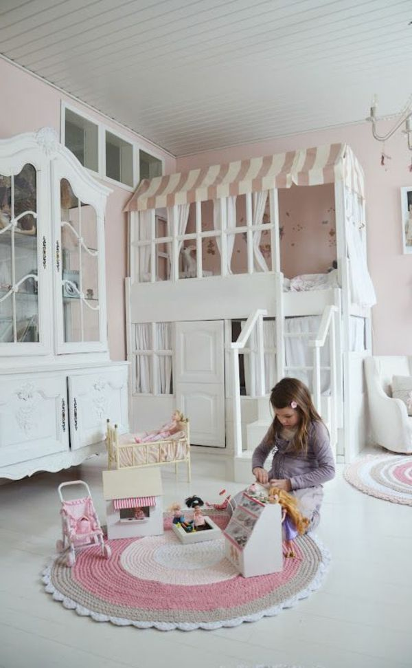 spielbett ein traum f r die kinder inspirierende spielbett designs baby pinterest. Black Bedroom Furniture Sets. Home Design Ideas