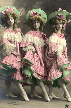 Free clipart on Flickr.com of French cancan girls..