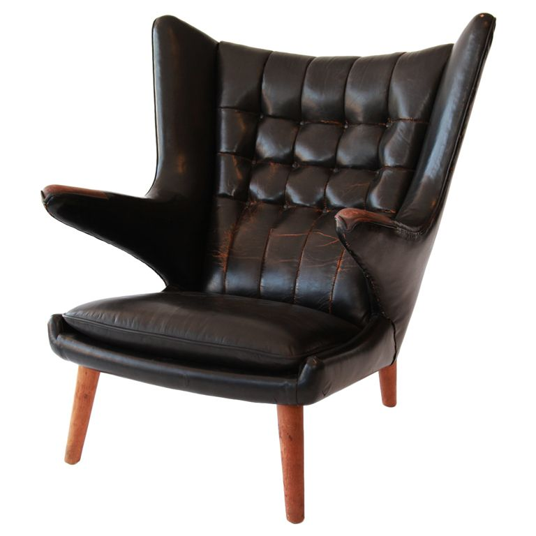 Rare original leather Hans Wegner for AP Stolen Papa Bear chair