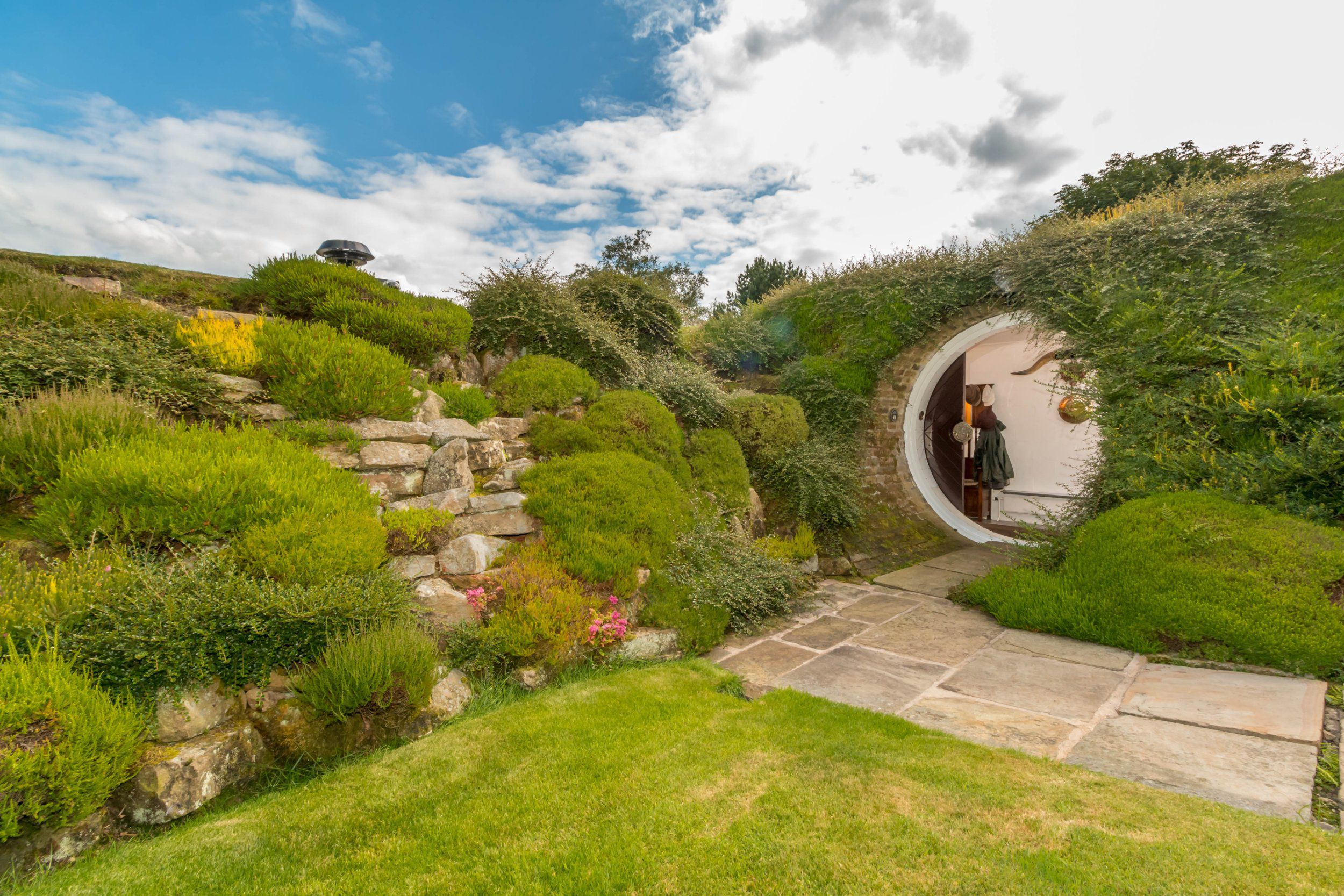 Real Life Luxury Hobbit House For Sale In Huddersfield