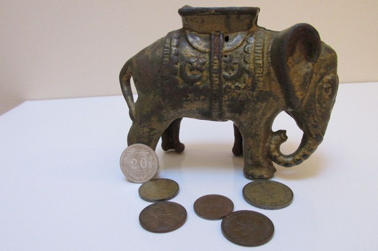 Antique Elepant Casted Circus Bank And The Coins Contained Within!!