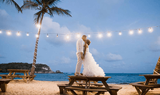 Bolongo Bay Beach Resort In St Thomas Virgin Islands Offers The Best All Inclusive Packages Caribbean Beautiful Destination Weddings