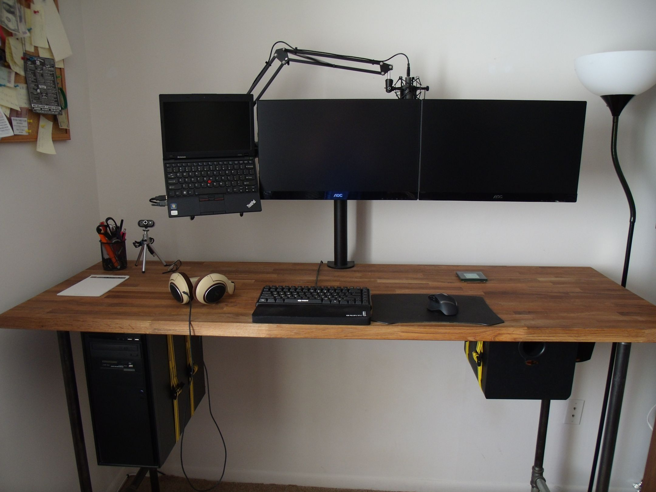 Standing Battlestation Gaming Room Setup Minimal House Design Home