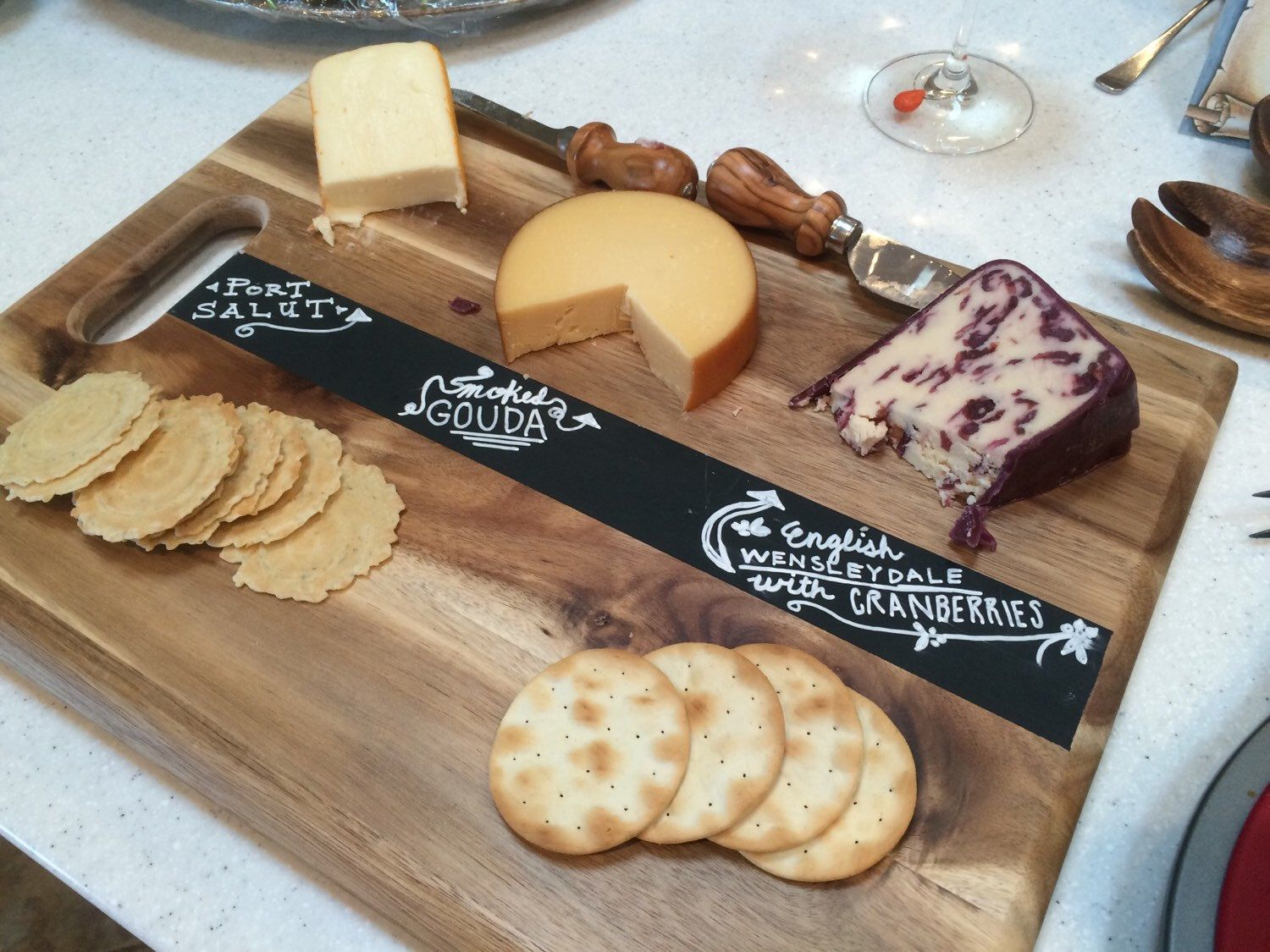 Make your cheese plate simply stunning diy wood slice cutting board - Chalkboard Cutting Board Cheese Tray