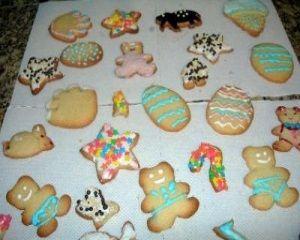 Receita de Biscoitos decorados. Enviada por Thainan de Mello e demora apenas 40 minutos.