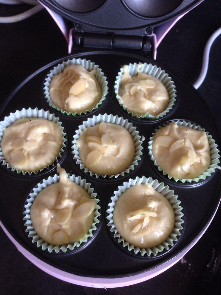 Almonds Cakes