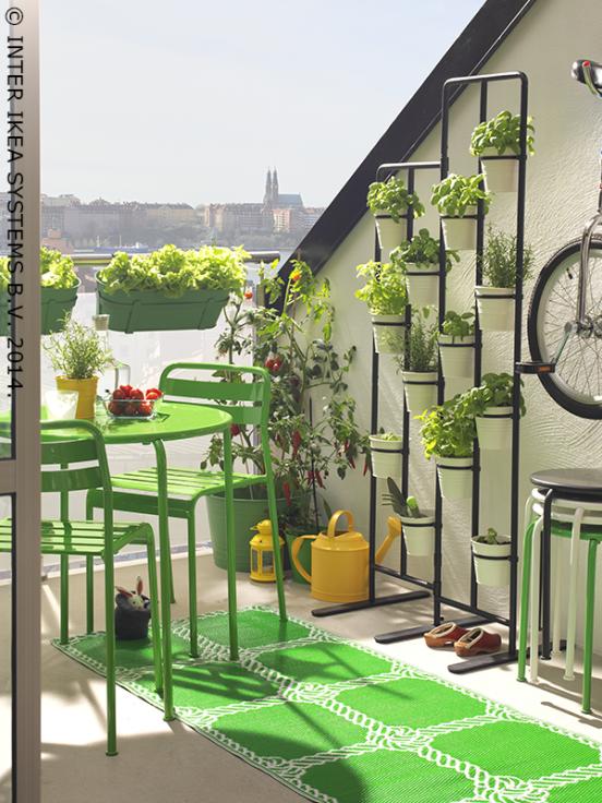 ouoptezpourunepalettedecouleursunieafindecrerun ikea balcon deco balcon et maison. Black Bedroom Furniture Sets. Home Design Ideas