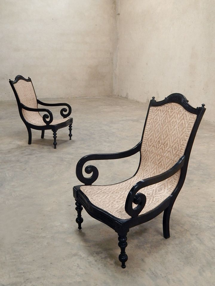 Colonial Ebony Chairs Http://phantomhands.in/antique Furniture Store