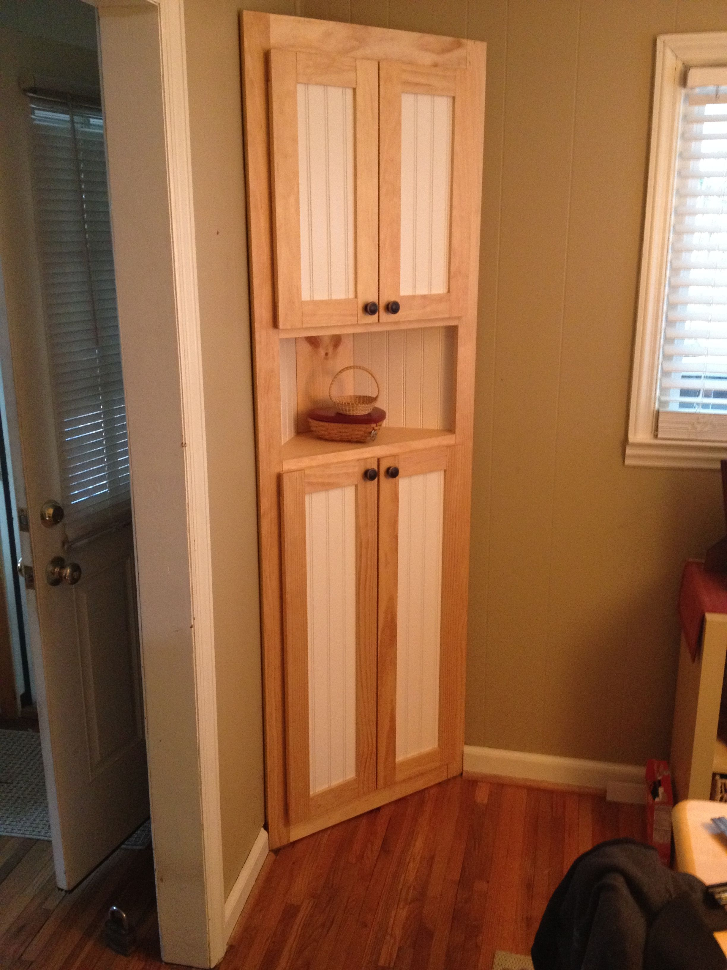Best Corner Cabinet Do It Yourself Home Projects From Ana 640 x 480