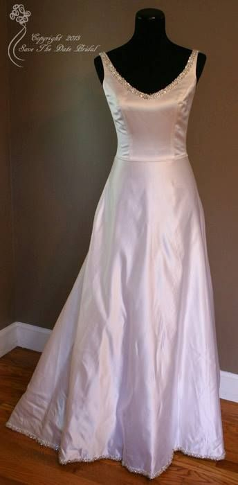 Forever+Yours+$245+Size:+4+|+New+(Un-Altered)+Wedding+Dresses