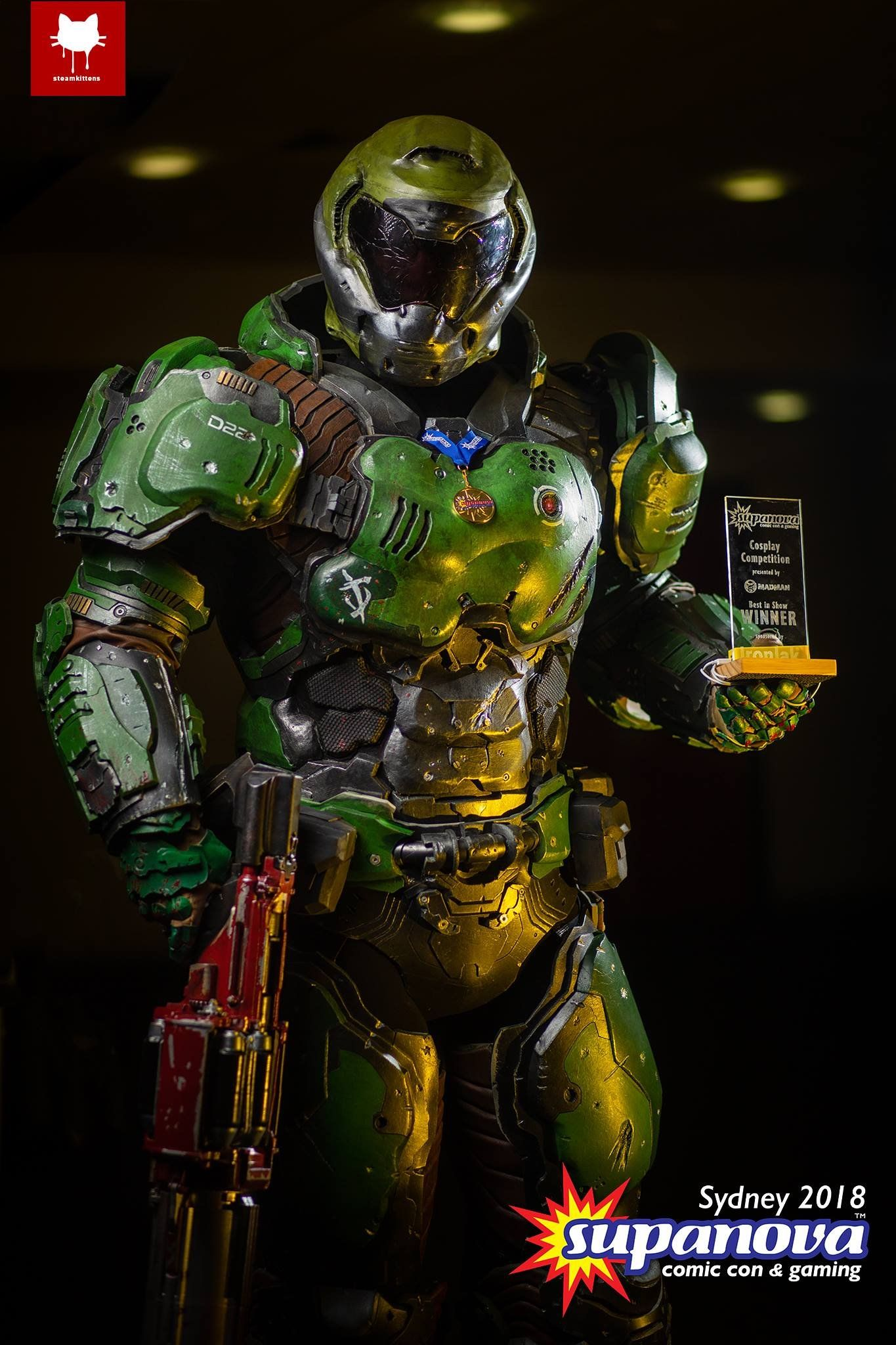 Doom Cosplay Is The Real Deal Der Untergang
