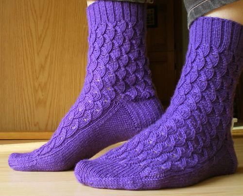 Sock in Shell Pattern from Knitting Vintage Socks