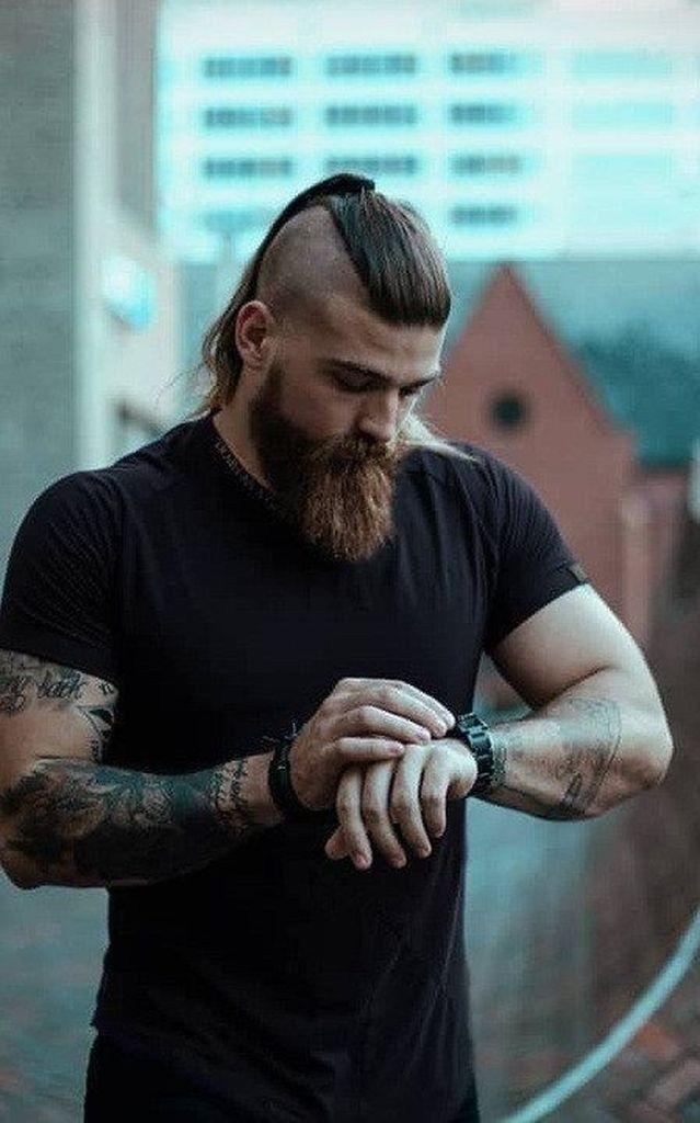 56 Bester Wikingerbart Stil Um Ihren Stil Zu Perfektionieren Gliteratious Com 56 Bester Wikinger Bart Stil Um Ihren In 2020 Langer Bart Frisuren Manner Frisuren