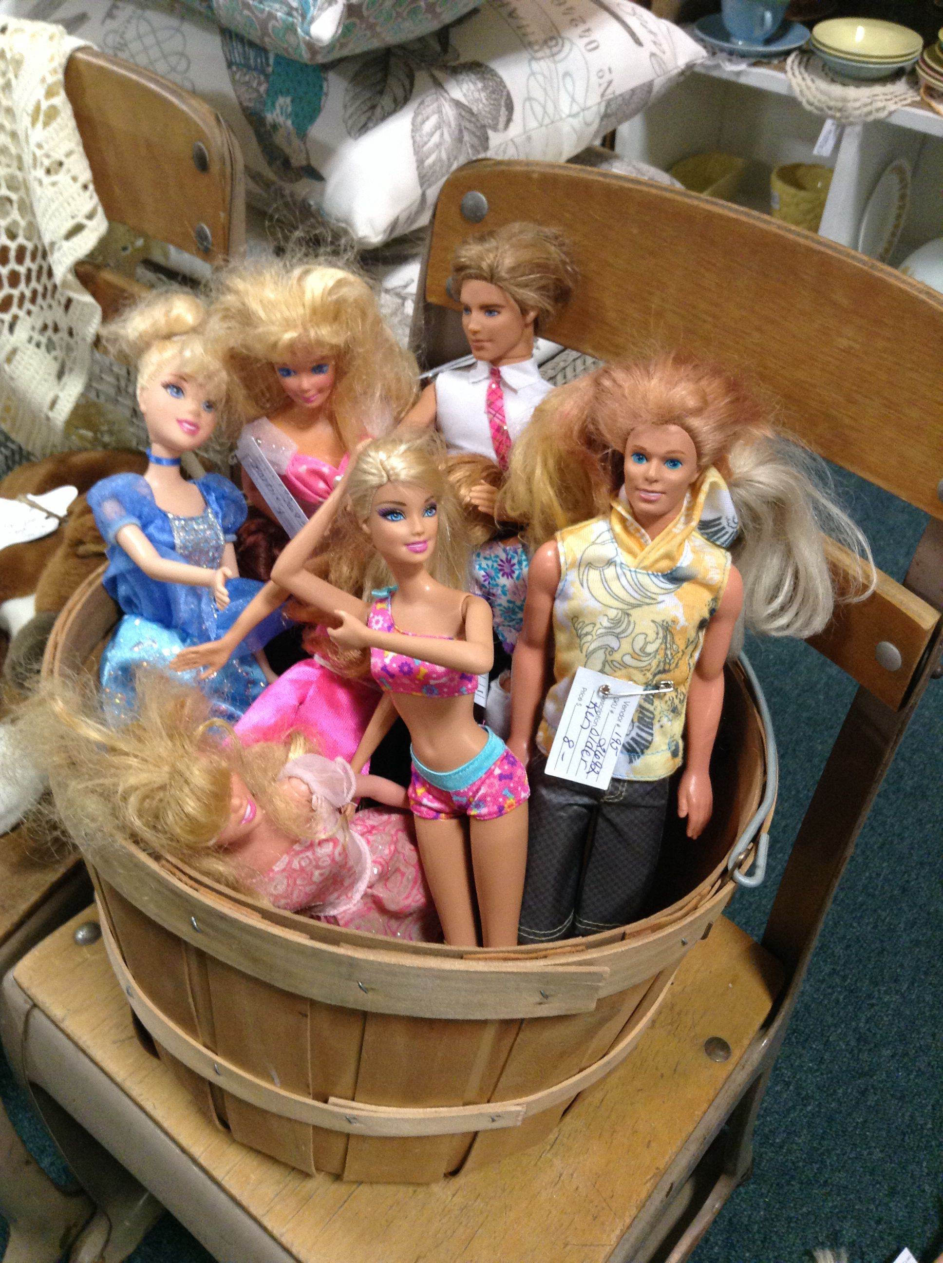 Barbie hot tub party!   Collectibles - Brass Armadillo   Pinterest