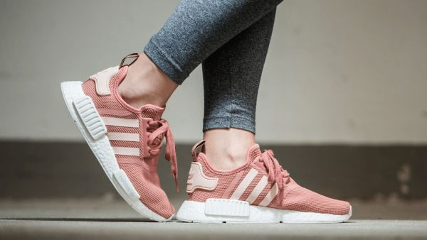 Adidas NMD R1 Salmon PINK UK 4.5 Mint condition Deadstock