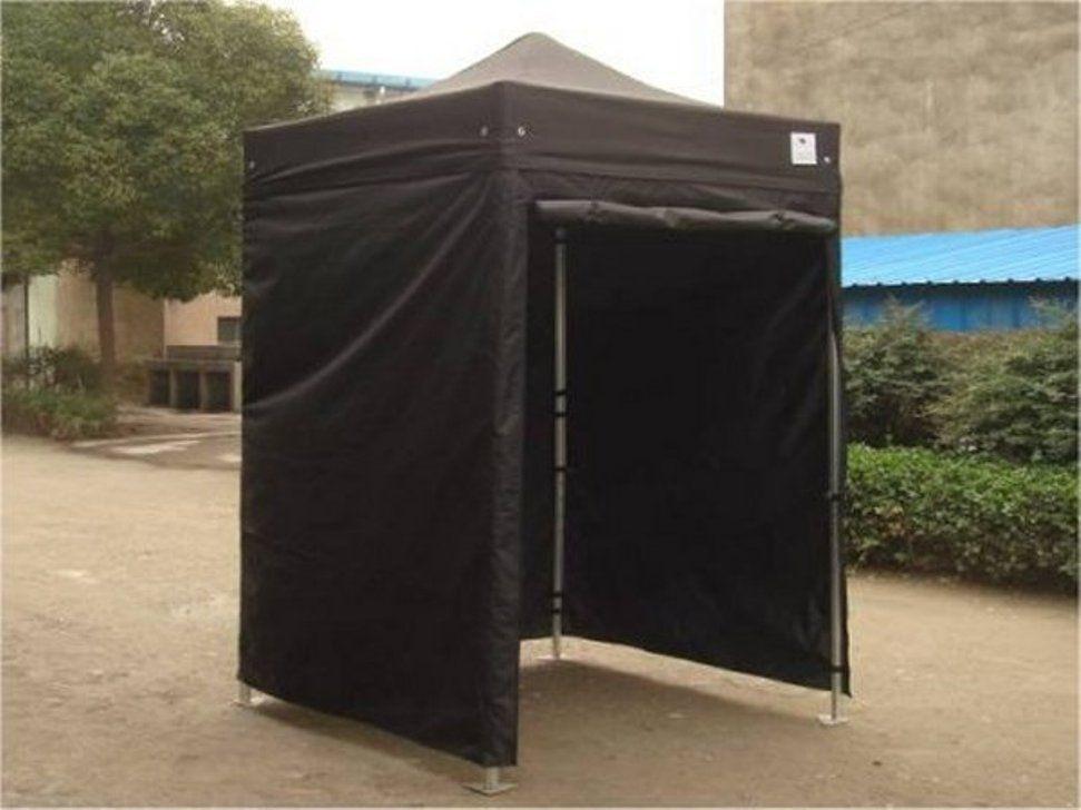 lightweight pop up tent wnnideo pop up beach shelter. Black Bedroom Furniture Sets. Home Design Ideas