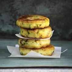 Knusprige Kartoffeltaler Rezept | LECKER