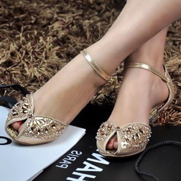flat-wedding-shoe   weddingsfav.info   Low Heel Bridal Shoes ...