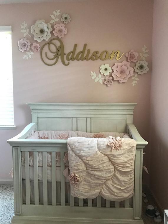 Ensemble de 10 décorations murales avec fleurs en papier blush et crème - Girls Room - Chambr... Ensemble de 10 décorations murales avec fleurs en papier blush et crème - Girls Room - Chambre de bébé - Baby Shower ,