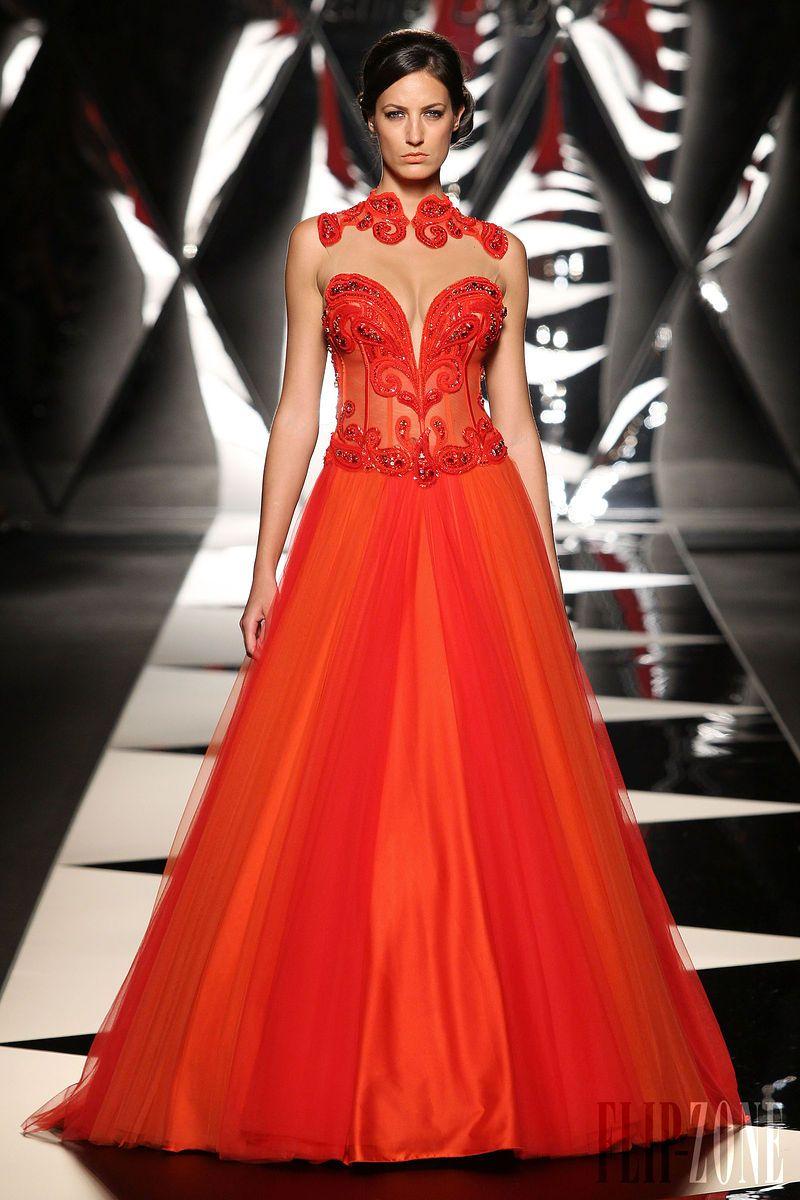 Mireille Dagher - Couture - Fall-winter 2013-2014 - http://en.flip-zone.com/fashion/couture-1/independant-designers/mireille-dagher-4024
