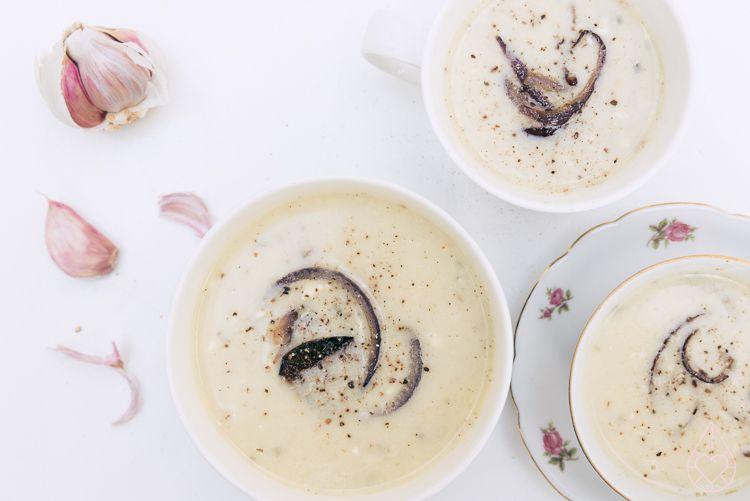 zilverblauw-soep Knoflook-kruidensoep