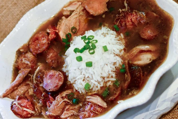 Chicken and Smoked Sausage Gumbo #cajundishes