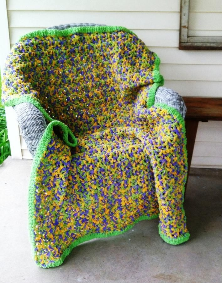 Crochet Lap Afghan Made with Bernat Blanket Yarn - Crochet creation ...