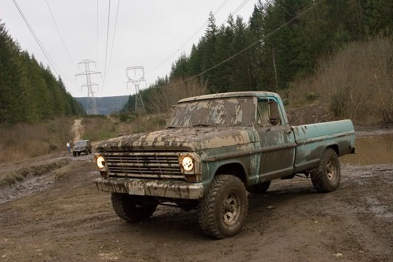 1968 Ford F 100 4x4,   Wish they still made trucks that are as tough and good looking as these older 60's and 70's trucks.