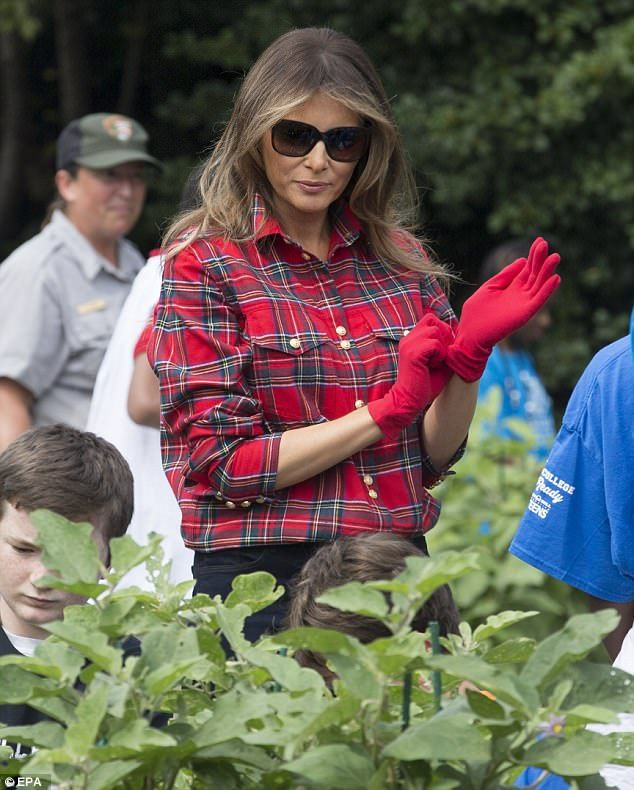 Melania Trump Wore Flannel To Garden At The White House