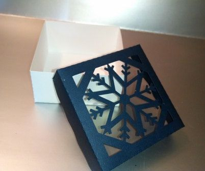 DIY box with snowflake lid set of six by hilemanhouse on Etsy, $6.99