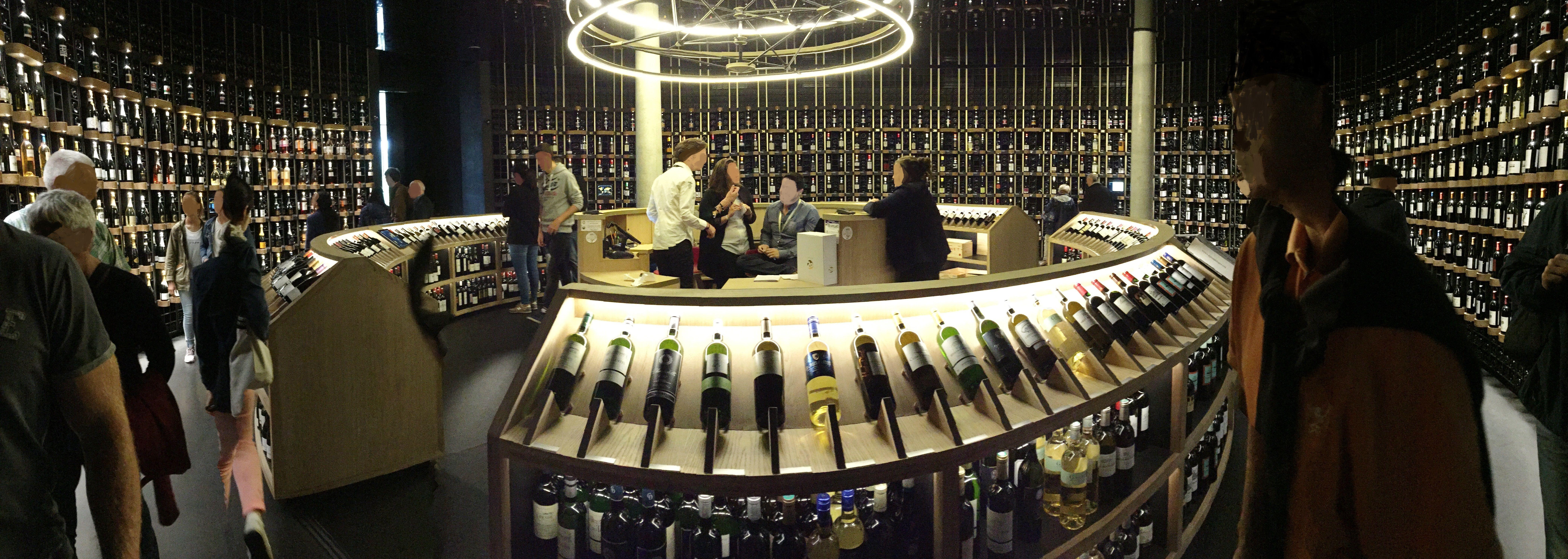 Cave de la Cite du Vin a Bordeaux - Center of Wine and Civilizations ...