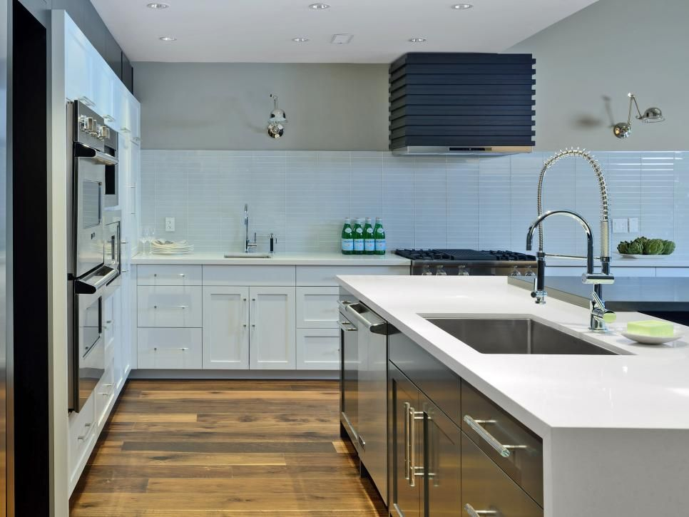 15 Design Ideas For Kitchens Without Upper Cabinets Trendy